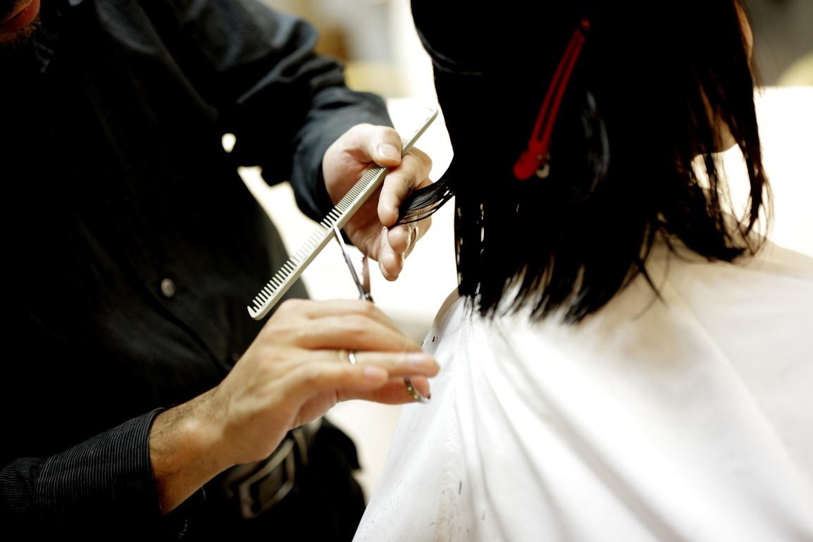 Coupe cheveux - coiffeur
